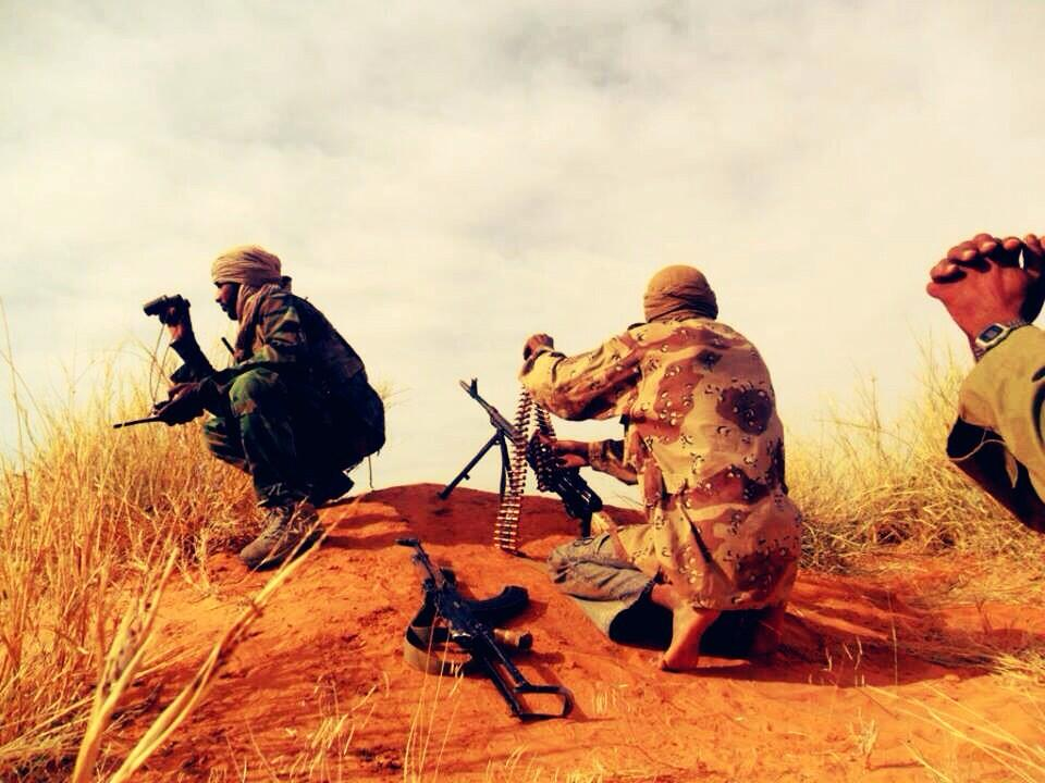 AQIM militants scope out terrain in Algeria. Source: Ali Agha Muhammad (@ALIUF)/Twitter