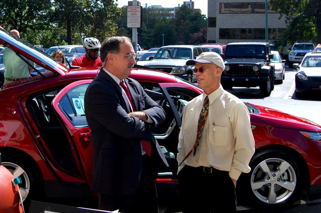 Terrence Foley, left, the former Senior Director of Real Estate Development for Amtrak. Photo by CityAvenue.